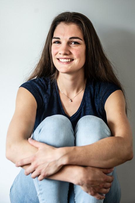 Anne (28) was pas 16 toen ze hiv kreeg van haar eerste vriendje