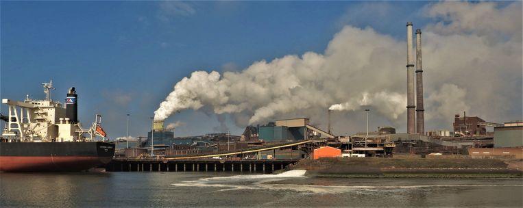 Lozing op het oppervlaktewater door Tata Steel. Beeld Dirk-Jan Prins