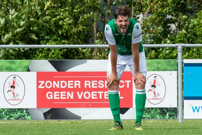 Yannick Broeren van Vrederust baalt na het mislopen van promotie.