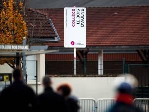 """Assassinat de Samuel Paty: quatre autres collégiens inculpés, dont trois pour """"complicité d'assassinat terroriste"""""""