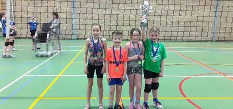 Leeuwenkuil wint eindtoernooi volleybalweken