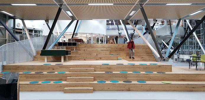 Verbouwing Nieuwe Veste (de trap in de bibliotheek)
