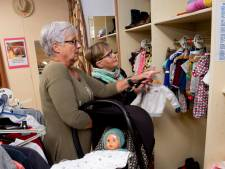 Kringloopwinkel de Hofstad na maand al uit jasje gegroeid