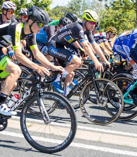 Twentse coureurs nu officieel bij opleidingsploeg Jumbo-Visma