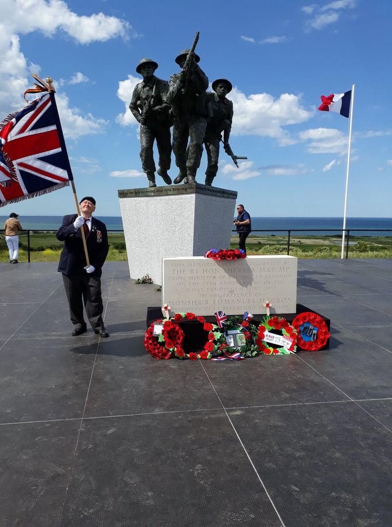 Ninovieter Sigmond Ghijssels in Normandië op de herdenking van D-day tijdens zijn 75ste verjaardag.