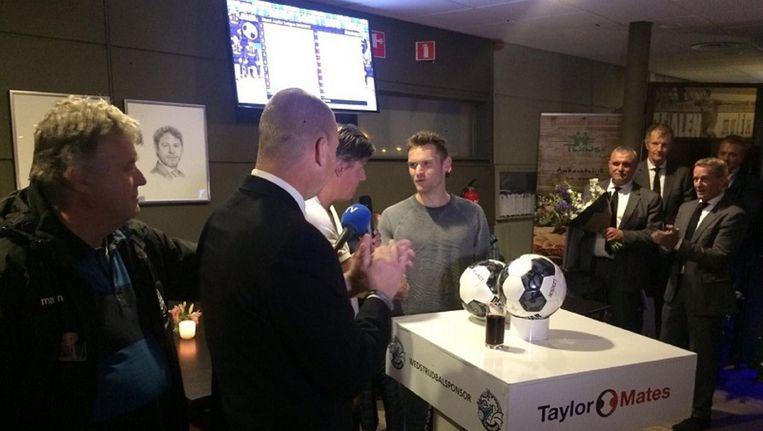 Dennis Kaars tijdens zijn presentatie bij FC Den Bosch Beeld FC Den Bosch
