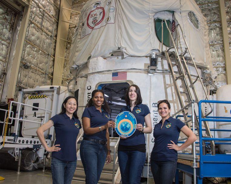 NASA gaat vier mensen 30 dagen lang opsluiten die een gesimuleerde missie moeten uitvoeren.
