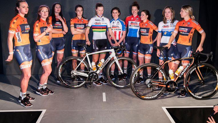 Het Boels-Dolmans Cycling Team bij de presentatie in Valkenburg Beeld Arie Kievit
