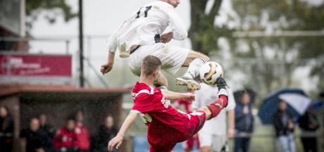 Vooruitblik amateurvoetbal: klassieker in de kelder tussen Daarle en Daarlerveen