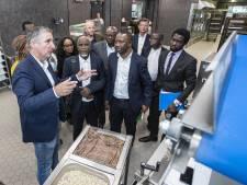 Mobiele bakkerij staat klaar, maar Afrikanen komen te laat in Nijverdal