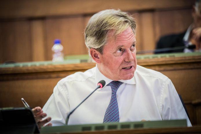 Ereschepen Geert Versnick.