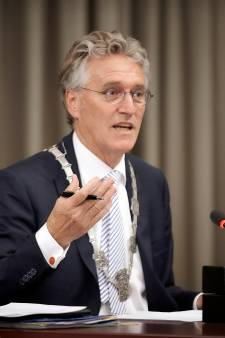 Eindhovense burgemeester wil niet dat PSV competitie in juni hervat