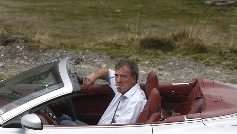 Jeremy Clarkson in een Aston Martin Beeld AFP
