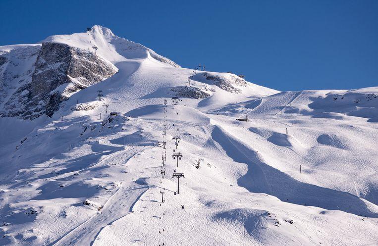 In Hintertux ligt nog 3,5 meter sneeuw en deze week verwachten ze nog 50 centimeter vers poeder.