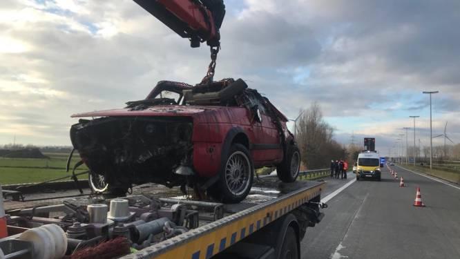 """Jonge papa (25) uit Eeklo laat het leven na tuimeling met voertuig in gracht: """"Een tragische start van het nieuwe jaar"""""""