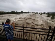 Pluies diluviennes, disparus et aéroport fermé: la tempête Alex met la région niçoise en alerte rouge