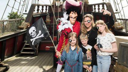 Hilde De Baerdemaeker toont zich van haar stoerste kant in Disneyland Paris (samen met de kids)