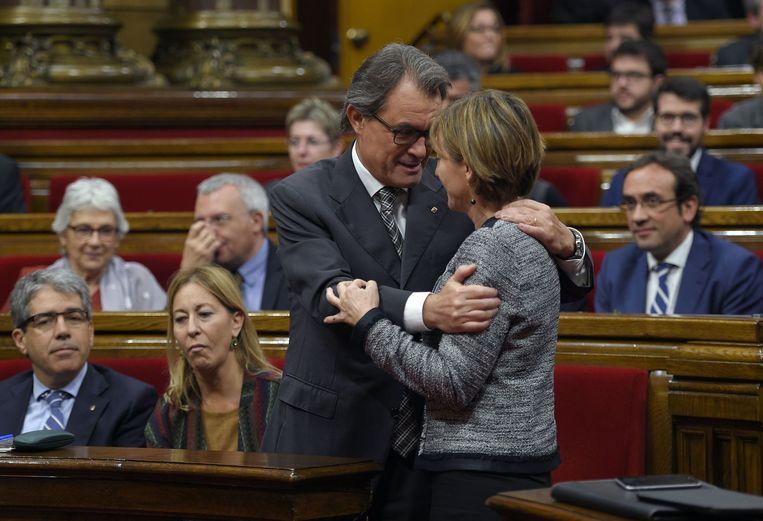 Artur Mas en Carme Forcadell. Beeld null
