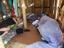 Ein-de-lijk: Kinderen slapen in zelfgebouwde houten hut als afsluiting Kinder Vakantie Spelen