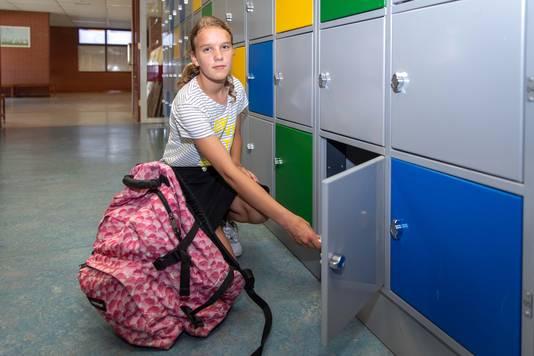 Leerling Sandra Hoogerland: ,,De school durft tegen de stroom in te gaan. Dat vind ik wel goed.''