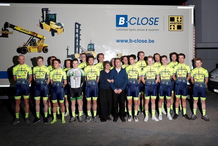 De ploegvoorstelling van het Vetrapo Cycling Team begin dit jaar.