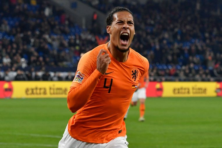 Virgil van Dijk nadat hij de 2-2 heeft gemaakt tijdens de wedstrijd tegen Duitsland.  Beeld AFP