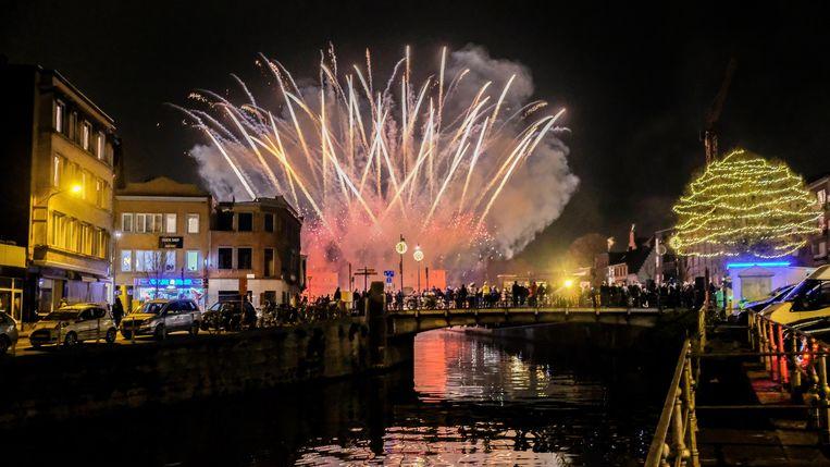 Het vuurwerk aan de Leieboorden in Kortrijk eerder deze maand.