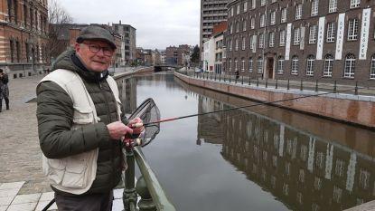 """Stadsvisser Christian: """"In alle Gentse binnenwateren zitten mooie vissen"""""""