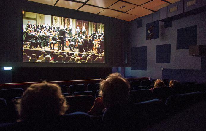 Filmvertoning van de complete Matthaus Passion olv Reinbert de Leeuw.