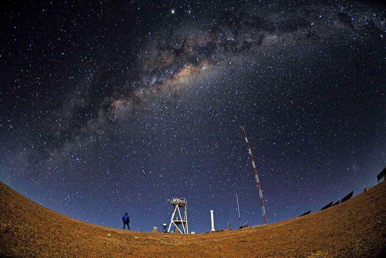 De sterrenhemel bij de Cerro Armazones in Chili. (Reuters) Beeld REUTERS