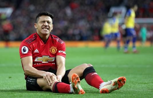 Alexis Sanchez kampt bij Manchester United vaak met blessures.