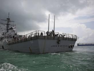 Russen bedreigen Amerikaans marineschip omdat het in territoriale wateren vaart