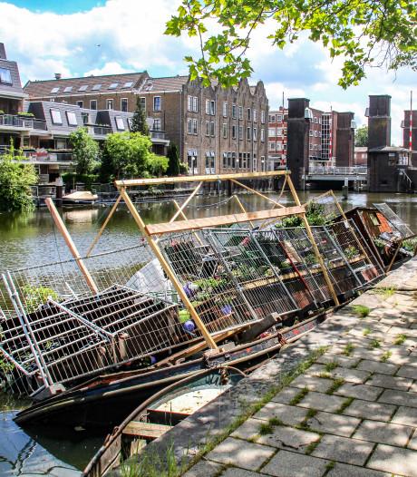 Plantenschuit in Schiedam staat wéér onder water