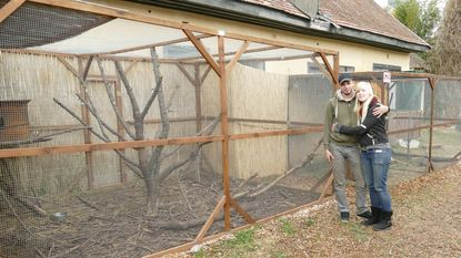 Koppel opent zoo in Hongarije