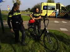 E-biker (75) in Beugen naar ziekenhuis na aanrijding
