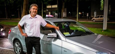 Taxichauffeur Henk draait altijd nachtdiensten: 'Ik ga naar bed als mijn vrouw eruit gaat'