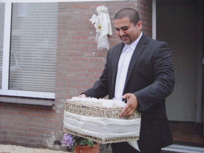 Habib Makhmalchi, Tilburg, werd dood aangetroffen in een woning aan de Hoefstraat.