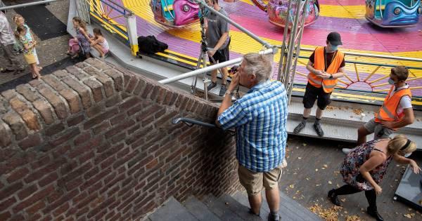 Filmopnames in Oirschot voor 'Ferry': Figurant naast Frank Lammers en Elise Schaap - Eindhovens Dagb