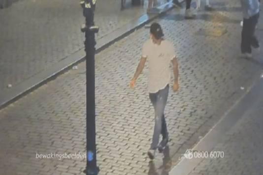 De dader die de genadeloze klap uitdeelde in de Vismarktstraat.