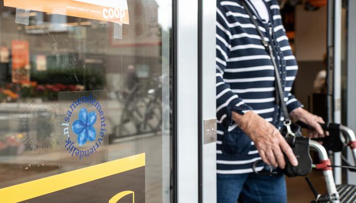 Supermarkt Coop Wieleman aan de Steenbokstraat in Nijmegen heeft een certificaat hoe om te gaan met ouderen met dementie.