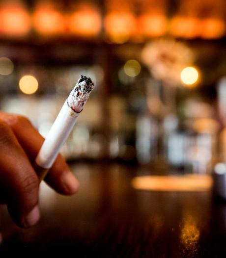 Rookruimtes sneller in de ban, ook speeltuinen eerder rookvrij