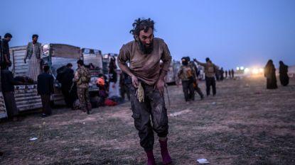280 IS-strijders in Syrië geven zich over, duizenden mensen geëvacueerd uit laatste IS-bolwerk