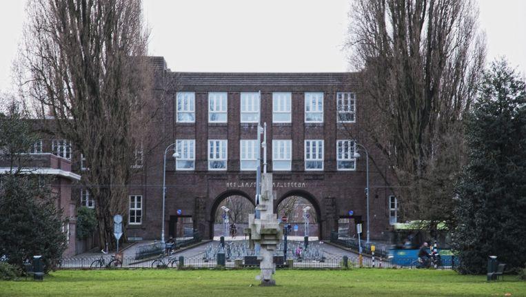 Een van de bommeldingen werd gedaan op het Amsterdams Lyceum in Zuid Beeld Archief