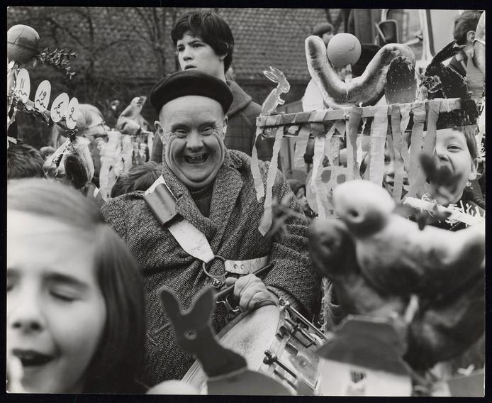 Gerard Slotboom in een palmpasenoptocht in 1969.