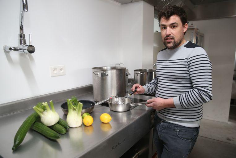 Chef kok Sam Van Houcke in zijn nieuw restaurant Maste.