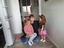Annie Drogt uit Deventer met een kleindochter op haar knie, die ze graag nog wil zien opgroeien en daarom stop zij moet roken.