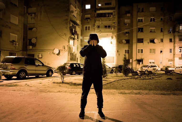 Blerim (20) wil weg uit Tirana: 'Als ik 25 ben, wil ik een huis, een vrouw, een mooie auto, een zoon en een horloge. Als ik in Tirana blijf, lukt dat nooit.' Beeld Daniel Rosenthal / de Volkskrant