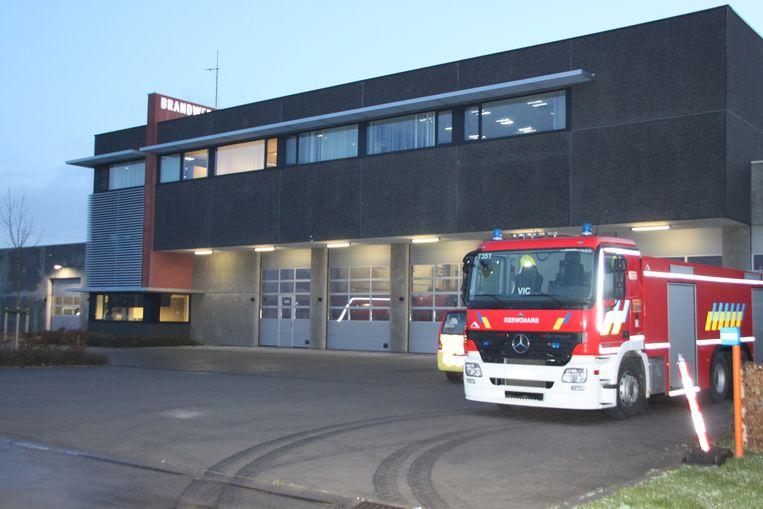 De vuilniskar reed naar de brandweerkazerne in Menen.