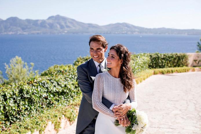 Rafael Nadal, âgé de 33 ans, a dit oui à celle qui partage sa vie depuis 14 ans devant 350 invités au château de Sa Fortalesa, à Pollença.