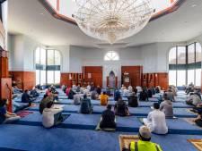 Gaan de moskeeën weer dicht? 'Grote groepen voor gesloten poort is pas écht onveilig'